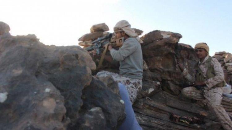 الجيش الوطني يصد هجوما لمليشيا الحوثي عل مواقعها في مديرية الملاجم بالبيضاء