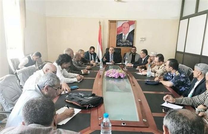 إجتماع في تعز لمناقشة خطط إستكمال عملية التحرير وتثبيت الأمن والتنسيق بين الجيش والأمن