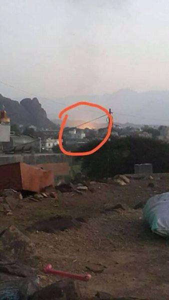 رداً على هزائمها أمام الجيش الوطني.. مليشيا الحوثي تقصف محطة للغاز في دمت