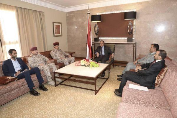 نائب رئيس الجمهورية يناقش مستجدات الوضع العسكري مع رئيس الأركان الجديد
