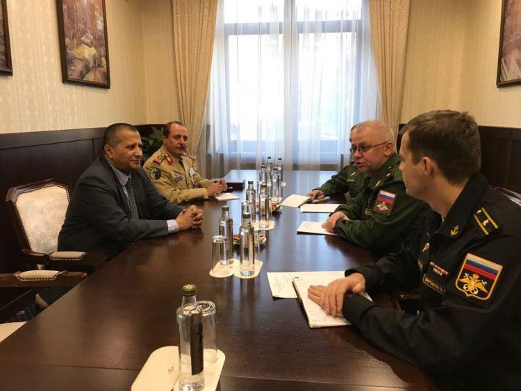 لقاء يمني بقيادات عسكرية روسية في موسكو (تفاصيل)