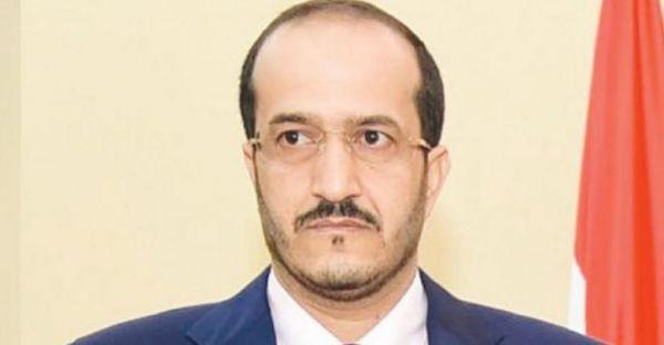 الحوثيون يقتحمون منزل وزير في الحكومة الشرعية بصنعاء وتنهب محتوياته