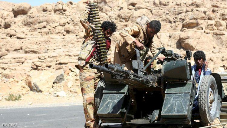 قوات الجيش تشن هجوما عنيفا في جبهتي مقبنة والأشروح بتعز وتسيطر على مواقع جديدة