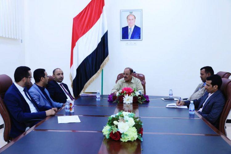 الفريق علي محسن الاحمر يحث وكلاء الوزارات على القيام بواجباتهم