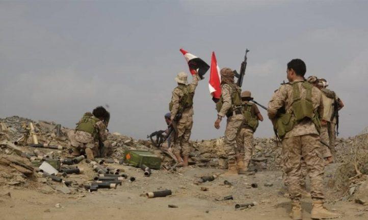 قوات الجيش تتقدم في جبهة المزرق بصعدة وتسيطر على مواقع مهمة