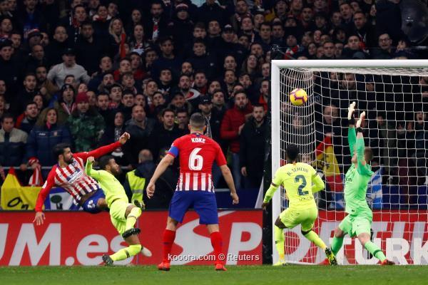ريال مدريد يعود للهزائم.. وبرشلونة يتعادل مع الاتلتيكو