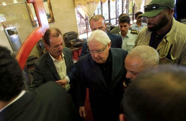 في محاولة لإنقاذ اتفاقية السويد.. غريفيث يصل الى العاصمة صنعاء