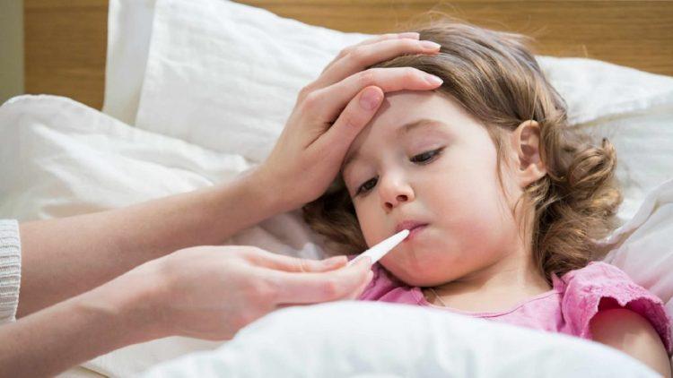 """أغلبها تصيب الجهاز التنفسي.. """" 9 """" أمراض شديدة العدوى مع قدوم الشتاء"""