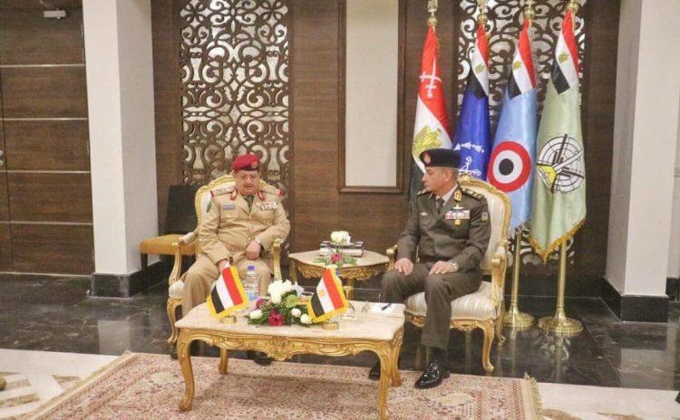 """وزير الدفاع """"المقدشي"""" يلتقي نظيره المصري في القاهرة"""