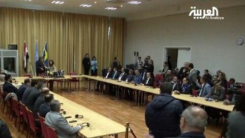 بعد توقيع الإتفاق.. عضو بالوفد الحكومي: سيجري تشكيل لجان لتبادل قوائم الأسرى والمعتقلين