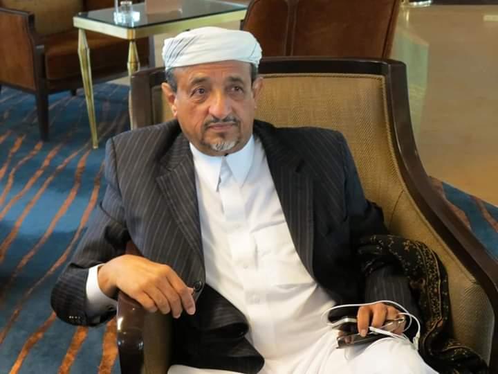 """القيادي في الانتقالي الشيخ """"صالح بن فريد"""" يدعو إلى ايقاف ومحاسبة مدير مكتب شلال شايع"""
