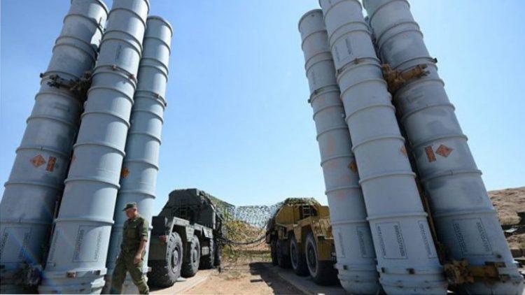 """تحذيرات روسية لأمريكا وإسرائيل من استهداف منظومة صوارخ """"إس 300″المنصوبة في سوريا"""