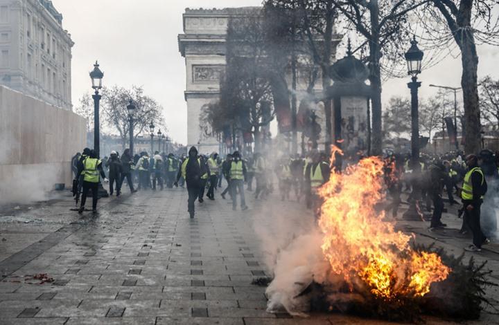 """محتجوا """"السترات الصفراء"""" في فرنسا يعتزمون النزول إلى الشوارع مجددا"""