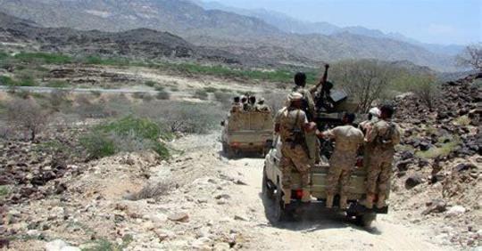 دمت: مواجهات بين الجيش الوطني والمليشيا الحوثية تسفر عن مصرع وجرح 30 حوثياً بينهم قياديان.