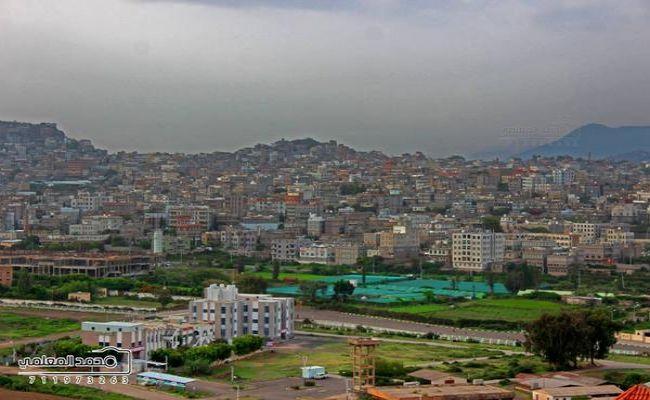 إب.. قتلى وجرحى باشتباكات مسلحة بين مليشيا الحوثي ومرافقي المحافظ