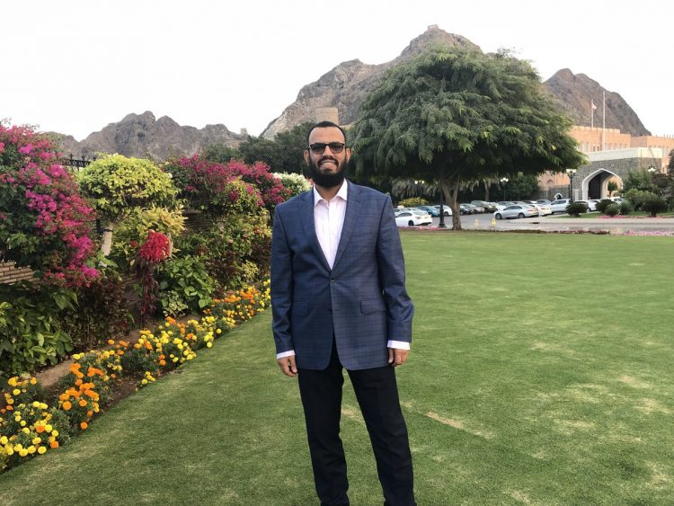 Ben Brik and Shatara in Muscat to meet Houthis
