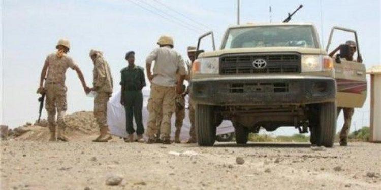إنفجار عبوة ناسفة إستهدفت طقما عسكريا تؤدي إلى إصابة 4 جنود في أبين