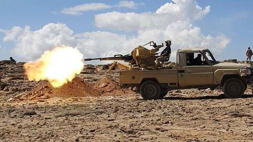 مصرع وإصابة عدد من عناصر مليشيا الحوثي في مواجهات مع قوات الجيش غربي تعز