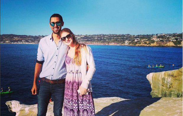شاهد ابنة بيل غيتس تشارك صوراً لها مع حبيبها المصري نائل نصار في القاهرة