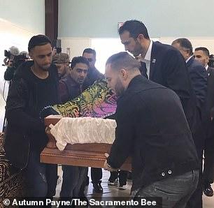 والد الطفل اليمني المتوفي في مستشفى أمريكي: أؤمن أن وفاة طفلي ستكون محطة مشرقة لكسر سياسات إدارة ترامب (فيديو)
