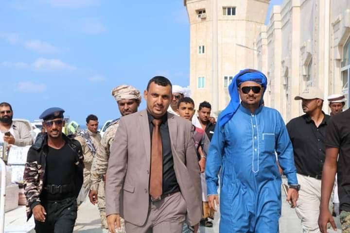 محافظ سقطرى يتوجه إلى الإمارات في زيارة رسمية