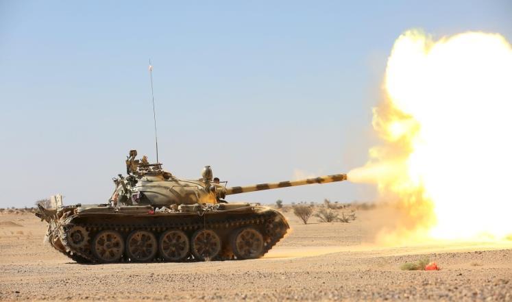 أنباء عن انسحاب مليشيا الحوثي من معسكر اللبنات في الجوف