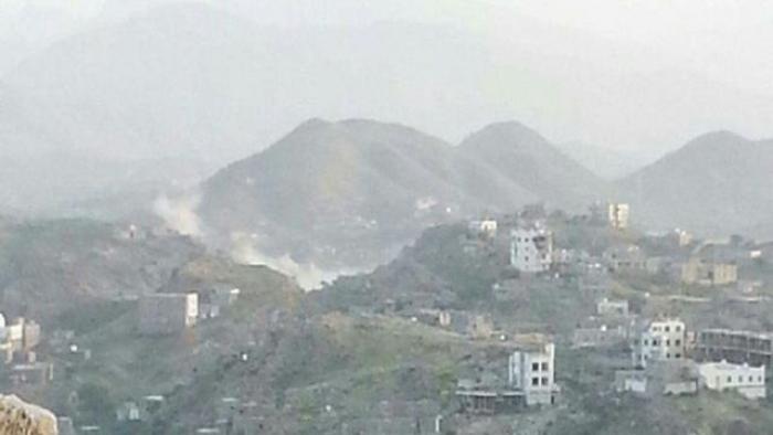 تعز: مصرع أربعة وجرح ستة حوثيين في قصف مدفعي لقوات الجيش الوطني