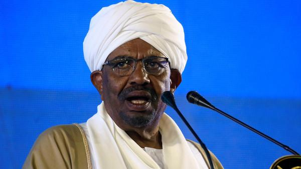 الرئيس السوداني: هناك جهات أجنبية تتآمر على السودان وتسعى لتركيعه