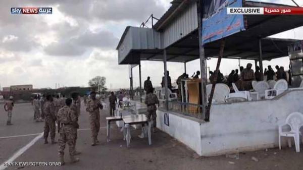 مقتل 6 جنود وإصابة 18 آخرين بينهم رئيس الأركان ونائبه جراء استهداف قاعدة العند والعدد مرشح للزيادة