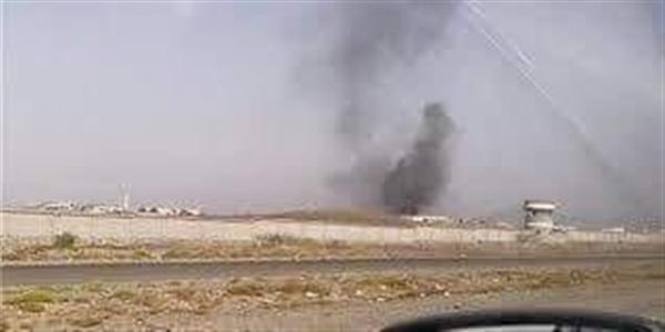 عاجل: إنفجار يستهدف عرضا عسكريا لقوات الجيش في قاعدة العند وأنباء عن إصابة قادة عسكريين