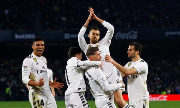 ريال مدريد يخطف فوزاًً صعباً على ريال بيتيس