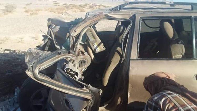 """بالصورة.. حادث مروري مروع في طريق العبر يتسبب بمصرع 6 اشخاص واصابة آخر """"الأسماء"""""""
