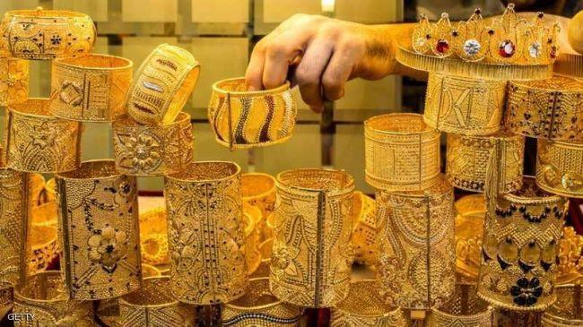 الذهب يستقر.. والبلاديوم يصعد لمستوى قياسي