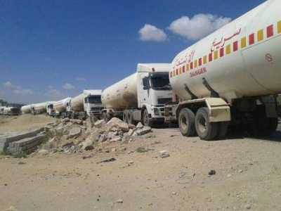 اشتباكات عنيفة بين قوات الجيش الوطني ومسلحين منعوا ناقلات النفط من المرور في شبوة