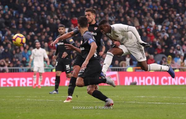 ريال مدريد يهزم اشبيلية بهدفين نظيفين