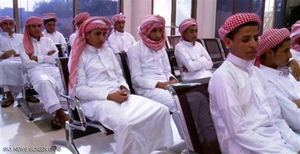 التحالف العربي يستعد لإعادة تسعة أطفال جندتهم المليشيات إلى الحكومة الشرعية
