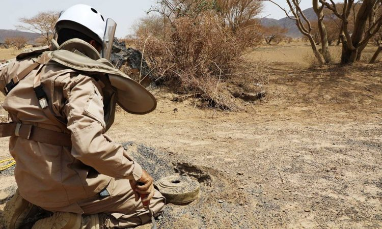 عاجل.. مقتل 3 خبراء اجانب في انفجار بمركز سام لنزع الالغام بمأرب