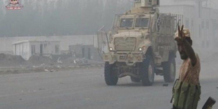 بالتزامن مع وصول غريفيث صنعاء.. مليشيا الحوثي تواصل خرق الهدنة في الحديدة