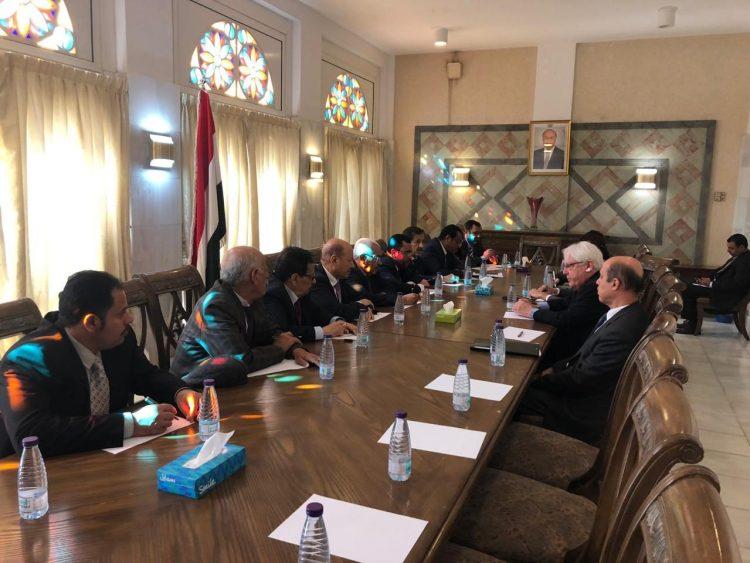 خلال لقائها غريفيث.. الأحزاب السياسية تؤكد عرقلة الحوثي لاتفاق السويد وتسأهل الأمم المتحدة معهم