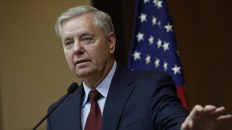 سيناتور أمريكي: ناقش معي خيار استخدام القوة العسكرية في فنزويلا
