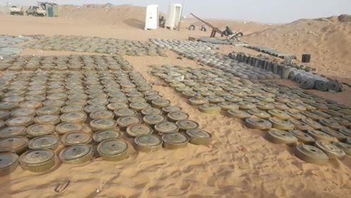 فرق الجيش الهندسية تتلف 7000 لغم وعبوة ناسفة زرعتها المليشيا في كتاف والبقع