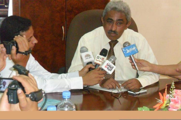 وزير المياه والبيئة عزي شريم يعلن تعليق عضويته في حكومة معين