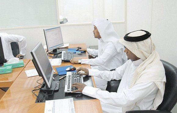 بشرى سارة للشباب السعوديين.. مليون وظيفة بانتظارهم