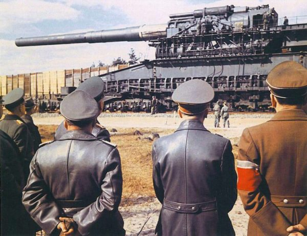 قائد الدبابات الالماني الذي انشق عن هتلر ورفض ان يخون وطنه