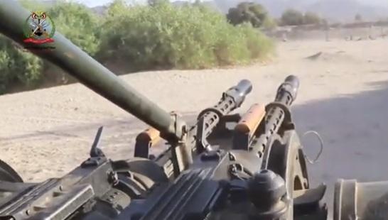 شاهد بالفيديو لحظة فرار مليشيات الحوثي من ضربات الجيش الوطني في الجوف
