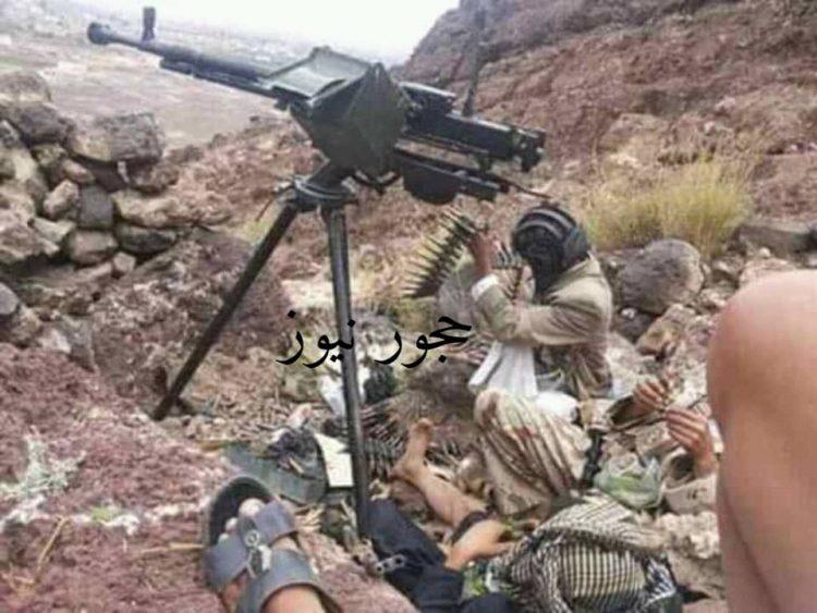 حجه : 30 حوثياً في قبضة القبائل والطيران يدمر 9 عربات ودبابات بغارات جوية في عمران