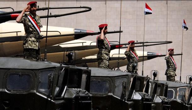 بعد وصولهم مأرب.. قيادات عسكرية تعلن الولاء للشرعية وترك الحوثيين