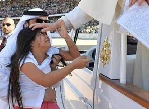 الصورة ليست في الفاتيكان او اوروبا بل إنها في دبي!!!