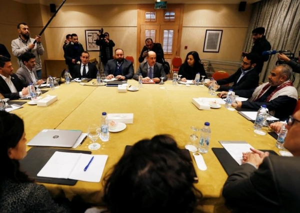 """اتفاق بين الحكومة الشرعية وممثلي المليشيا الحوثية على تبادل """"2000"""" جثة"""