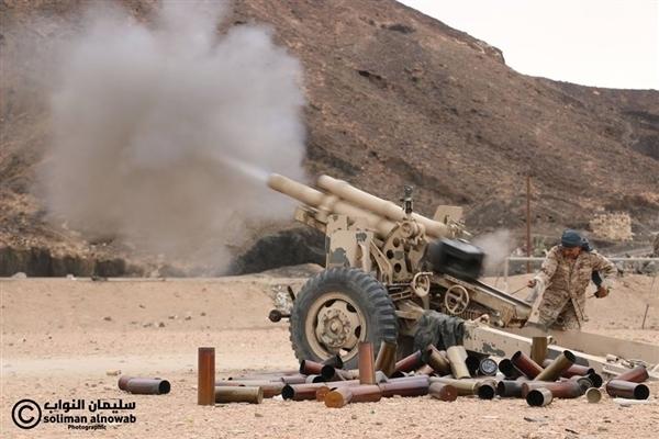 الجيش الوطني يستهدف بالمدفعية تعزيزات لمليشيا الحوثي في جبهة نهم شرق صنعاء